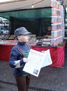 Lex Jansma verkoopt de Dickenskrant